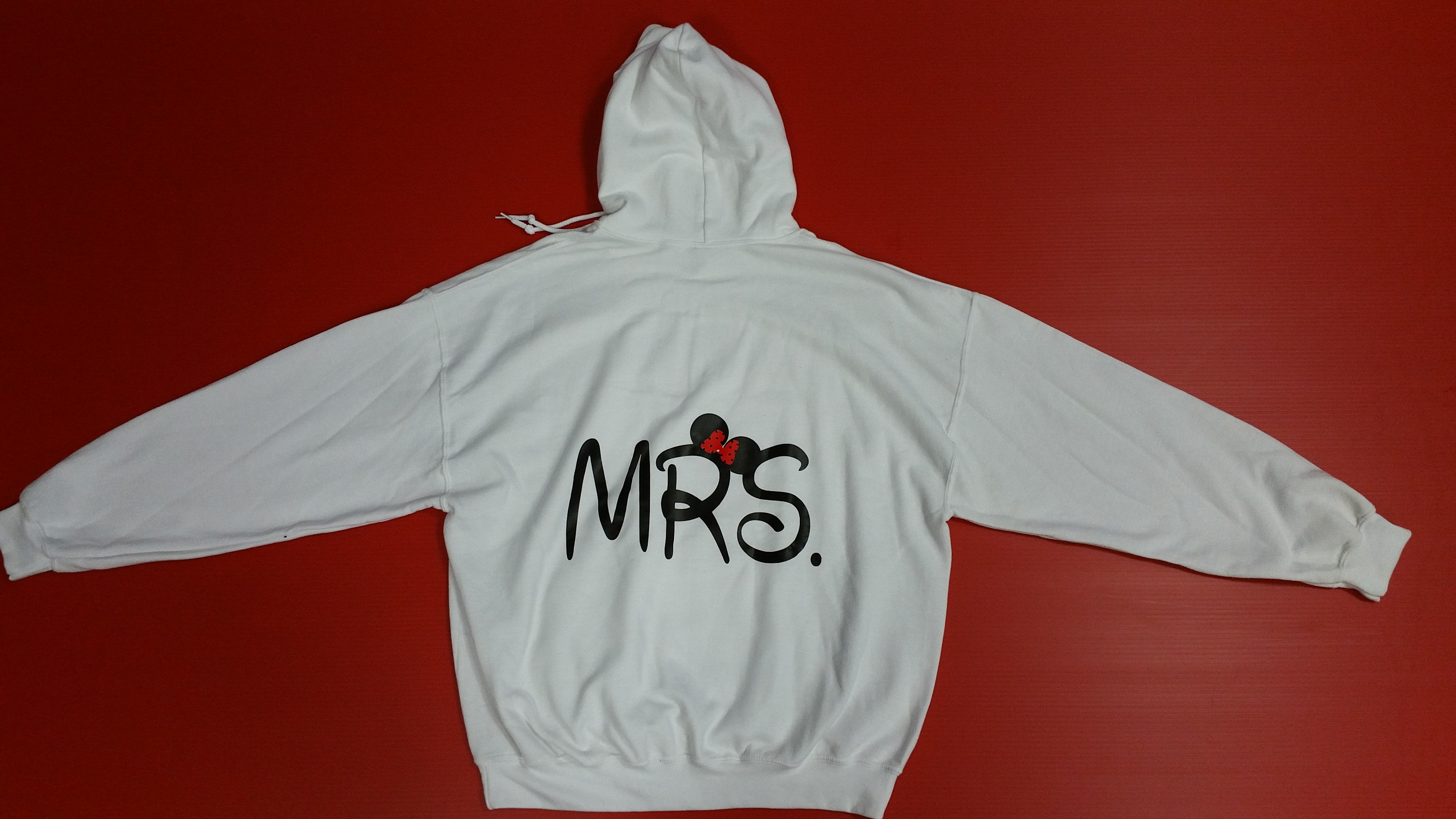 white pullover hoodie xl mrs design back only married. Black Bedroom Furniture Sets. Home Design Ideas