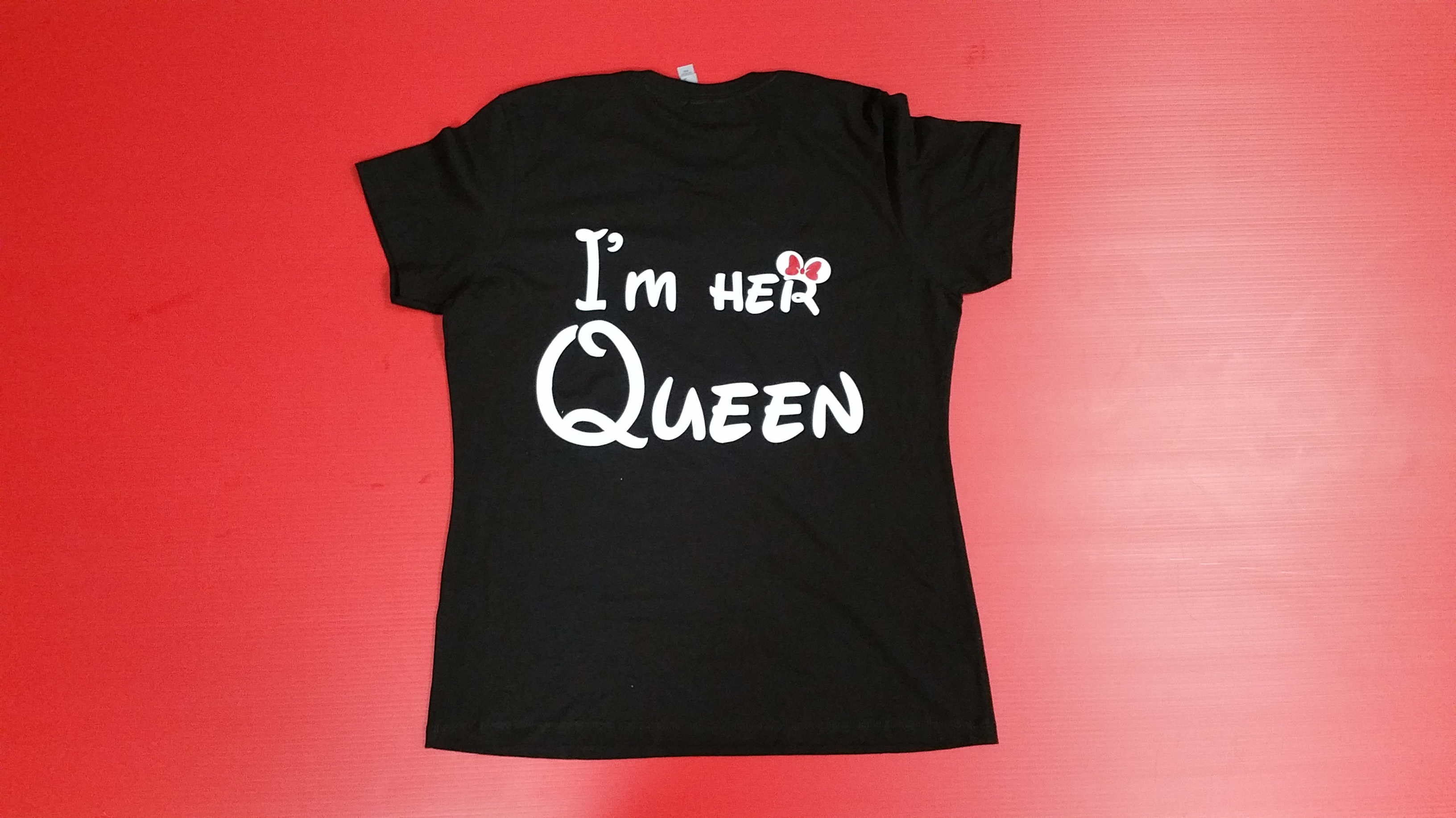 Black Ladies Cut Tshirt Minnie Mouse Reaching For Kiss Im Her Queen Married With Mickey