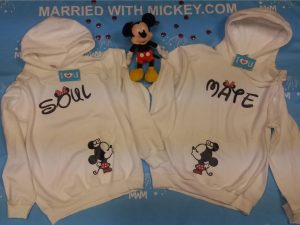 LGBT Lesbian Soul Mate Kissing Minie Mouse married with mickey mwm