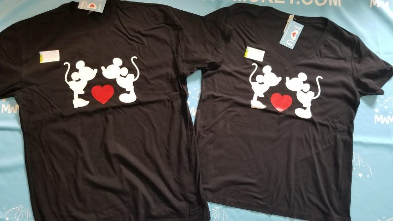 Mr and Mrs Couple Shirts, Custom Names, Mickey Minnie Mouse Cute Kissing, married with mickey, black matching t shirts