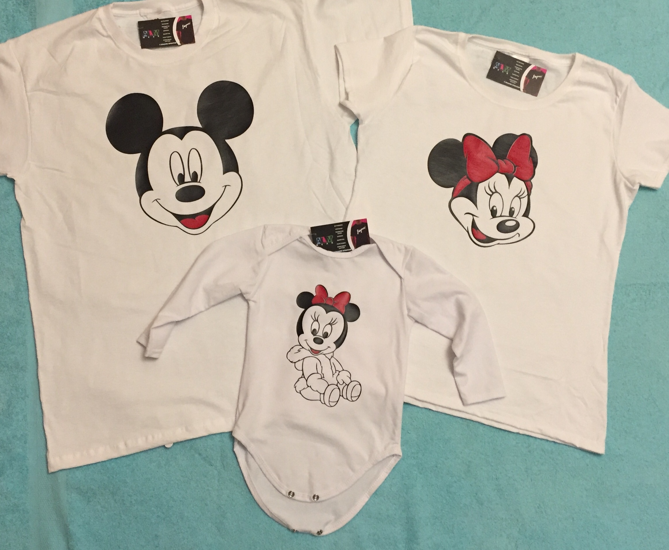 986761348 Adorable Matching Family Look, Mickey Mouse Dad, Minnie Mouse Mom, Mini  Minnie Mouse